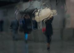 Просто дождь (marussia1205) Tags: дождь прохожие