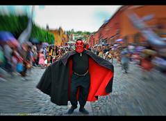 Fiesta de la Santa Cruz in San Miguel de Allende, Mexico (Sam Antonio Photography) Tags: devil cobblestonestreet mexico parade travel sanmigueldeallende guanajuato celebration traditional fun colorful culture tradition festival tourism costume street paradecarnival exotic sanmiguelallende procession outdoor mexican ceremony attraction