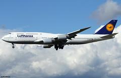 Lufthansa Boeing 747-830 D-ABYU (RuWe71) Tags: deutschelufthansaag lufthansa lhdlh lufthansagroup germany deutschland boeing boeing747 b747 b7478 b748 b747800 b747830 b7478i boeing7478 boeing7478i boeing747800 boeing747830 dabyu cn378451514 köln frankfurtmain frankfurtammain frankfurtrheinmain frankfurtrheinmainairport flughafenfrankfurt fra edff fraport widebody landing jumbo jumbojet clouds sunshine queenoftheskies