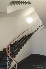 TU Berlin Treppe (Frank Guschmann) Tags: stairs steps treppe staircase stufen strassedes17juni treppenhaus tuberlin nikon stairwell architektur d500 escaliers nikond500 frankguschmann