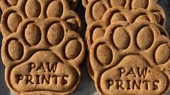 Paw Prints Dog Treats (JavaJoba) Tags: atlanta atlantaphoto pawprintsdogtreats dog dogtreats sandyspringsfarmersmarket sandysprings farmersmarket