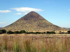 Karoo Koppie (Proteus_XYZ) Tags: southafrica freestate karoo bethulie r701 tussendierivieregamereserve koppie