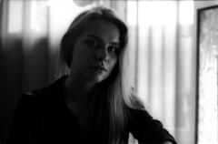 Anna (Dmitriy Protasov) Tags: filmphotography analoguephotography 35mm blackandwhite analogphotography portraitphotography shotonfilm ilford