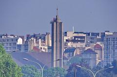 319 - Paris Avril 2019 - Notre-Dame de Fatima boulevard Sérurier, à travers la pollution (paspog) Tags: paris france avril april 2019 notredamedefatima boulevardsérurier église church kirche