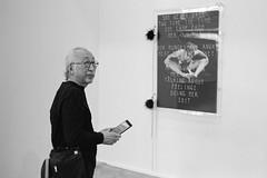 Visitor of Swiss Art + Design 2019 exhibition (titan3025) Tags: leica leicam6 ilford hp5 blackandwhite monochrome filmisnotdead grainisgood art basel 2019 artbasel