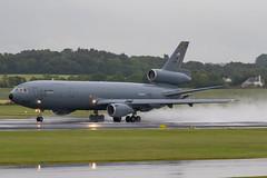 85-0034 KC-10A USAF Prestwick 19.06.19 (Robert Banks 1) Tags: 850034 50034 mcdonnell douglas kc10a dc10 usaf united states air force prestwick egpk pik 305 514 amw mobility wing mcguire rain wet spray amc command