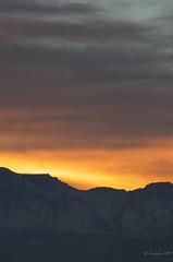 Primer amanecer de invierno 2019 (jeckafou) Tags: amanecer morning winter southamerica southern hemisferio sur chile santiago cordillera nubes sunrise down hemisphere clouds