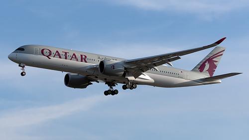 Qatar Airways A7-ALU A350-941 EGCC 22.06.2019