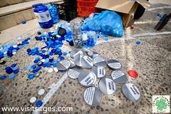 Pati del Centre Cultural Miramar - Catifa ReciclArt pel Corpus Sitges 2019 (Sitges - Visit Sitges) Tags: catifa material reciclat corpus sitges 2019 pati miramar visitsitges reciclart plastics plastic instalación installació artística