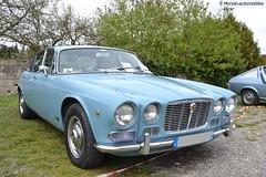 Jaguar MKX (Monde-Auto Passion Photos) Tags: voiture vehicule auto automobile jaguar mkx berline bleu blue ancienne classique rare rareté collection rassemblement france courtenay