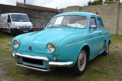 Renault Dauphine (Monde-Auto Passion Photos) Tags: voiture vehicule auto automobile renault dauphine bleu blue berline ancienne classique collection rassemblement france courtenay