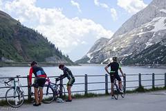 Lago Fedaia (Irma Testa) Tags: ciclisti acqua lago dolomiti canazei passo marmolada cyclists water