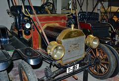 Col-lecció d'Automòbils Salvador Claret.  Sils. (Girona) (Josep Ollé) Tags: ford museo colección automóviles antiguos sils claret vehículos históricos vintage