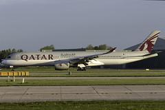 Qatar Airways A350-900 A7-ALW at Manchester Airport MAN/EGCC (dan89876) Tags: qatar airways airbus a350 xwb a359 a350900 a350941 a7alw manchester international airport landing 23r man egcc
