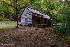 Smoky Mountains House (John H Bowman) Tags: tennessee seviercounty tnmountains parks nationalparks greatsmokymountainsnp budoglefarm nrhp houses oldhouses cabins budoglehouse logstructures weatheredwood october2016 october 2016 canon24704l