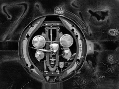 just 20 Cent - for nothing (heinzkren) Tags: schwarzweis blackandwhite noireetblanc monochrome canon eosr weightscales technic graffity ruin lost lostplace abstract urban automat waage personenwaage machine destroyed zerstört innerworking innenleben magic mystery inside transmission gear getriebe