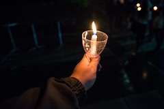 2018-05-19 Illumination Ceremony 002 (Ray Bernoff) Tags: tufts tuftsuniversity graduation illuminationceremony medford somerville college candles friends hand holding