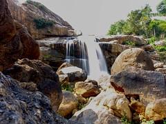 ChunayanMakkal Waterfalls, Munnar Kerala. (Mathew S Thomas) Tags: kerala waterfalls hillstation munnar slowshutterspeed silkysmooth pallivasal chinnakanal kannandevanhills ghostingeffect keralam sonyrx100m3