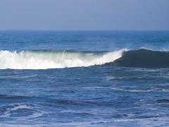 Movimiento eterno... (Andres Bertens) Tags: 8781 olympusem10markii olympusomdem10markii olympusm75300mmf4867ii olympusmzuikodigitaled75300mmf4867ii rawtherapee sea seascape waves