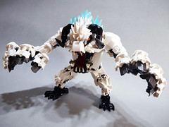 Yeti, the snow monster. (danielhuang0616) Tags: biocup2019 lego bionicle 2019 yeti snow monster scary white angry beast wampa starwars star wars