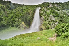 Partschinser Waterfall (twomphotos) Tags: italy south tyrol südtirol mountain lake berge see schnee wasser wiese nature natur scenic water waser waterfall wasserfall partschins bestoftrips