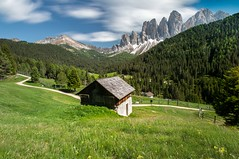 Geisler Mountains (twomphotos) Tags: italy south tyrol südtirol mountain lake berge see schnee wasser wiese nature natur scenic water waser geisler mountains villnös bestoftrips