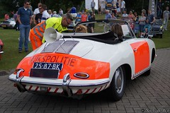 1966 Porsche 356C (NielsdeWit) Tags: nielsdewit car vehicle oldtimer oldtimerdag oldtimerfestival veenendaal 2019 2587bk porsche politie politieporsche rijkspolitie 356 356c 356cm 600 sc 356cm600sc 1966 cabrio cabriolet convertible roadster