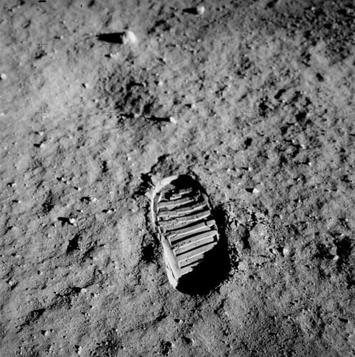 footprint-60614_960_720