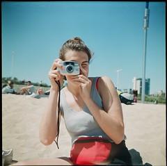 Anna (Nino Vasilkovskaya) Tags: lubitel любитель europe color colour barcelona spain españa girl white sand red camera