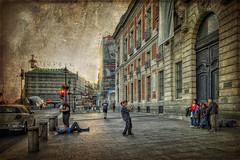 (158/19) Click (Pablo Arias) Tags: pabloarias photoshop ps capturanxd photomatix españa nubes cielo arquitectura foto personas puertadelsol madrid