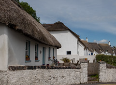 cottages (=Mirjam=) Tags: fujixt2 tatched cottages dunmoreeast ireland seaside traditional thatched roofs roadtrip traveling vacationing juni 2019