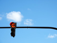 No puedes pasar (Gandalf dixit) (Amataki) Tags: amataki bilbao semáforo no puedes pasar gandalf dixit