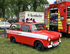Fire Trabant (Schwanzus_Longus) Tags: bruchhausen vilsen german germany old classic vintage car vehicle east ddr gdr station wagon estate break kombi combi fire fighting chief brigade department feuerwehr sachsenring trabant 601 universal