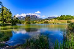 Le Chapeau du Mt Granier (Savoie 05/2019) (gerardcarron) Tags: canon80d ciel cloud lacstandré landscape lesmarches nuages nuage paysage savoie water