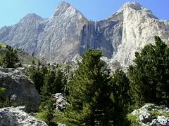 Rosengartenspitze / Catinaccio (Vid Pogacnik) Tags: italy mountain landscape italia hiking dolomites dolomiti catinaccio rosengartenspitze outdooers