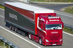 Mercedes-Benz Actros MP4 BigSpace   Magpol (PL) (Wawrzyn) Tags: mercedes mercedesbenz mp4 tuning hollandstyle holland bigspace magpol photography passion truck truckspotting trucks nikon d3300 18105