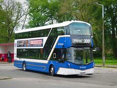 Lothian Buses 579 (SJ67MFY) - 01-06-19 (peter_b2008) Tags: lothianbuses skylink 200 300 volvo b5lh wrightbus wright eclipsegemini3 579 sj67mfy edinburgh buses coaches transport buspictures