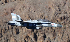 Ambush (Treflyn) Tags: another grey gray usn us navy mcdonnell douglas fa18d fa18 f18 hornet 164263 red46 vfc12 fighting omars rainbow canyon star wars jedi transition death valley national park california usa showing off new adversary splinter camouflage paint scheme ambush call sign