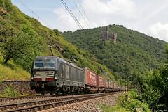 MRCE X4 E 700 mit Gruber-Zug bei Wellmich, 22.06.2019 (-cg86-) Tags: vectron mrce br193 wellmich rheintal rhein rheinstrecke rhine river germany castle mittelrheintal