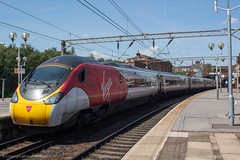 Virgin Trains 390104 (Mike McNiven) Tags: virgin virgintrains alstom emu electric multipleunit edgehill liverpool limestreet london euston londoneuston
