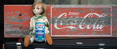 Coca-Cola versus Sangaria (Khronos-dolls) Tags: doll bisquedoll seisen seisendolls poupeeenbiscuit