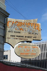 Cashmaster (Flint Foto Factory) Tags: omaha nebraska urban city late spring early summer june 2019 business travel midwest midwestern 1802 dodgest cashmaster dilapidated building classic vintage sign signage beingthere