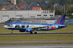 """""""Aerosmurfs"""" Brussels Airlines OO-SND Airbus A320-214 cn/1838 Painted in """"Belgian Icons - The Smurfs"""" special colours 03-2018 @ EBBR / BRU 18-08-2018 (Nabil Molinari Photography) Tags: aerosmurfs brussels airlines oosnd airbus a320214 cn1838 painted belgianiconsthesmurfs special colours 032018 ebbr bru 18082018"""