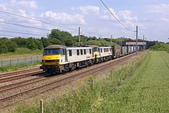 90047+90048 Winwick 22nd June 2019 (John Eyres) Tags: freightliner grey pair 9004790048 passing winwick with 4s44 daventry coatbridge 220619