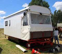 home built horse drawn camper (Schwanzus_Longus) Tags: oyten german germany modern horse drawn carriage camper camping