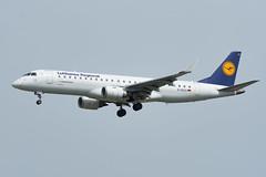 D-AECA (GerardvdSchaaf) Tags: aircraft airplane aviation civil dae daeca duitsland e190 e195 embraer fabrikant frankfurt lufthansa lufthansaregional vliegtuigen vliegtuigsoort