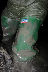 Muddy waders cleaning time (essex_mud_explorer) Tags: waders watstiefel cuissardes rubberboots thigh hip thighboots thighwaders rubberwaders mud muddywaders muddy wet daiwa coarsefisher hunter gates uniroyal