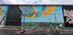 Berlín_0736 (Joanbrebo) Tags: eastsidegallery kreuzberg berlin de deutschland pintadas murales murals grafitis streetart canoneos80d eosd autofocus