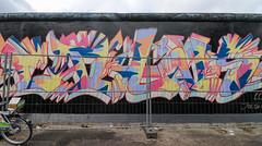 Berlín_0735 (Joanbrebo) Tags: eastsidegallery kreuzberg berlin de deutschland pintadas murales murals grafitis streetart canoneos80d eosd autofocus