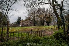 La casa de piedra negra (SantiMB.Photos) Tags: 2blog 2tumblr 2ig santjoanlesfonts garrotxa girona invierno winter rural canxervanda geo:lat=4221485920 geo:lon=250435740 geotagged cataluna españa